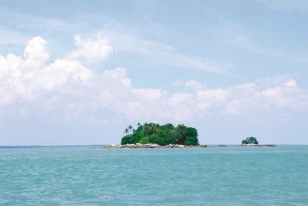 五屿岛附近的小岛