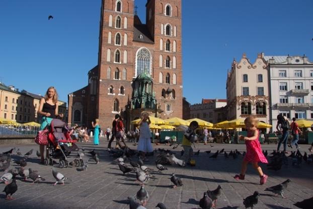 克拉科夫旧城中央广场,建于16世纪文艺复兴时期建。