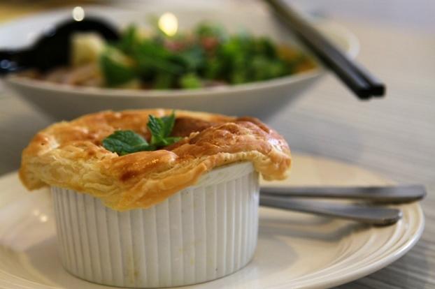 creamy mushroom chicken pot pie