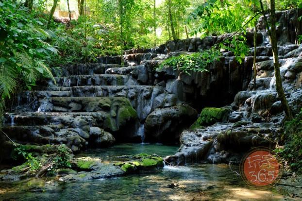 皇后浴池 (Queen_s Bath)